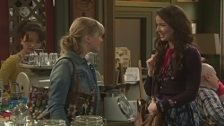 Vanessa Villante, Georgia Brooks, Kate Ramsay in Neighbours Episode 6506