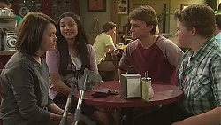 Sophie Ramsay, Rani Kapoor, Harley Canning, Callum Rebecchi in Neighbours Episode 6509