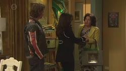 Lucas Fitzgerald, Vanessa Villante, Francesca Villante in Neighbours Episode 6510