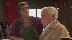 Kyle Canning, Lou Carpenter in Neighbours Episode 6511