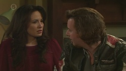 Vanessa Villante, Lucas Fitzgerald in Neighbours Episode 6511