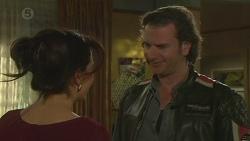 Vanessa Villante, Lucas Fitzgerald in Neighbours Episode 6512
