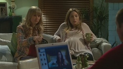 Georgia Brooks, Sonya Mitchell, Jade Mitchell, Toadie Rebecchi in Neighbours Episode 6514
