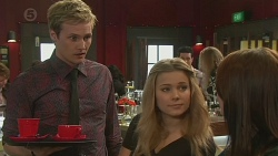 Andrew Robinson, Natasha Williams, Summer Hoyland in Neighbours Episode 6515