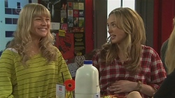 Georgia Brooks, Sonya Rebecchi in Neighbours Episode 6515