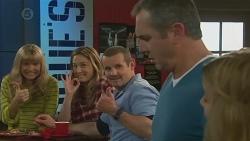 Georgia Brooks, Sonya Rebecchi, Toadie Rebecchi, Karl Kennedy, Natasha Williams in Neighbours Episode 6515