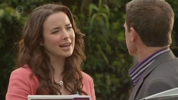 Kate Ramsay, Paul Robinson in Neighbours Episode 6516