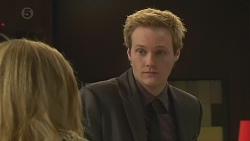 Natasha Williams, Andrew Robinson in Neighbours Episode 6516