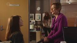 Summer Hoyland, Susan Kennedy in Neighbours Episode 6516