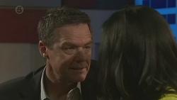 Paul Robinson, Priya Kapoor in Neighbours Episode 6517