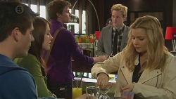 Chris Pappas, Summer Hoyland, Rhys Lawson, Andrew Robinson, Natasha Williams in Neighbours Episode 6518