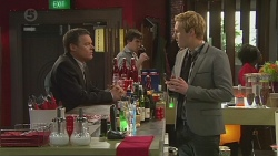 Paul Robinson, Andrew Robinson in Neighbours Episode 6518