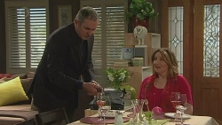 Karl Kennedy, Olivia Bell in Neighbours Episode 6521