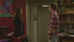 Jade Mitchell, Kyle Canning in Neighbours Episode 6521