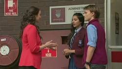 Kate Ramsay, Rani Kapoor, Harley Canning in Neighbours Episode 6522