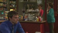 Rhys Lawson, Vanessa Villante, Francesca Villante in Neighbours Episode 6523