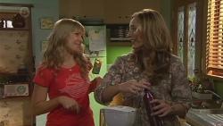 Georgia Brooks, Sonya Rebecchi in Neighbours Episode 6524