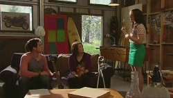 Chris Pappas, Sophie Ramsay, Kate Ramsay in Neighbours Episode 6525