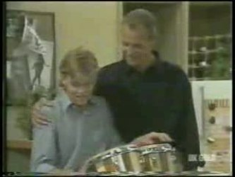 Scott Robinson, Jim Robinson in Neighbours Episode 0212