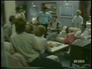 Jim Robinson, Scott Robinson, Paul Robinson, Shane Ramsay, Madge Bishop, Mike Young, Danny Ramsay, Lucy Robinson, Helen Daniels, Des Clarke in Neighbours Episode 0214