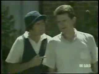 Max Ramsay, Des Clarke in Neighbours Episode 0215