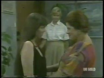 Nikki Dennison, Helen Daniels, Laura Dennison in Neighbours Episode 0216