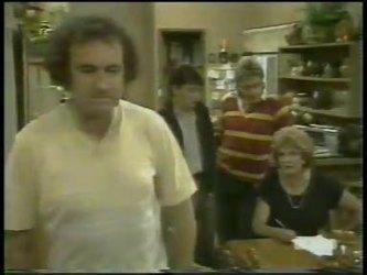 Max Ramsay, Danny Ramsay, Shane Ramsay, Madge Bishop in Neighbours Episode 0217