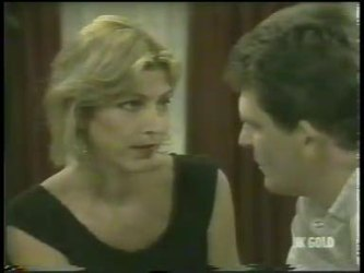 Andrea Townsend, Des Clarke in Neighbours Episode 0220