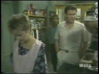 Daphne Clarke, Shane Ramsay, Des Clarke in Neighbours Episode 0220