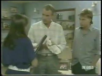 Zoe Davis, Jim Robinson, Scott Robinson in Neighbours Episode 0220