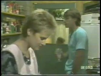 Daphne Clarke, Mike Young in Neighbours Episode 0220