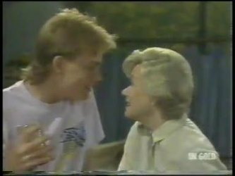 Scott Robinson, Helen Daniels in Neighbours Episode 0221