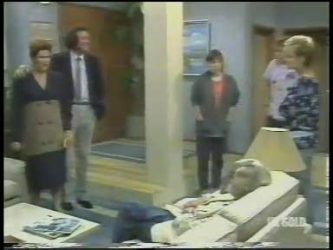 Laura Dennison, Max Ramsay, Nikki Dennison, Scott Robinson, Daphne Clarke in Neighbours Episode 0222