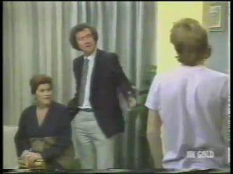Laura Dennison, Max Ramsay, Scott Robinson in Neighbours Episode 0222