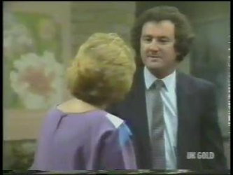 Madge Bishop, Max Ramsay in Neighbours Episode 0222