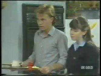 Scott Robinson, Nikki Dennison in Neighbours Episode 0222