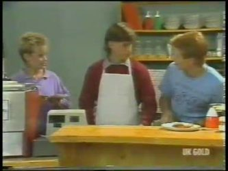 Daphne Lawrence, Mike Young, Clive Gibbons in Neighbours Episode 0223