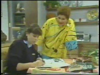 Nikki Dennison, Laura Dennison in Neighbours Episode 0223