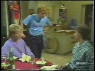 Daphne Lawrence, Clive Gibbons, Mike Young in Neighbours Episode 0223