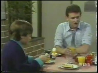 Bradley Townsend, Des Clarke in Neighbours Episode 0224