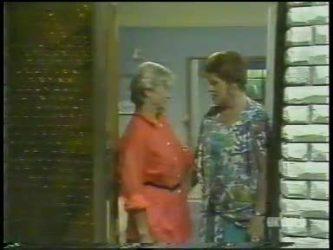 Helen Daniels, Laura Dennison in Neighbours Episode 0224