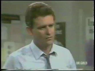 Des Clarke in Neighbours Episode 0226