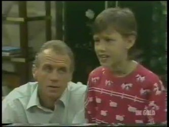 Jim Robinson, Lucy Robinson in Neighbours Episode 0226