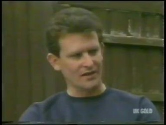 Des Clarke in Neighbours Episode 0229