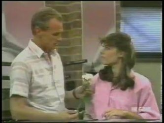 Jim Robinson, Zoe Davis in Neighbours Episode 0230