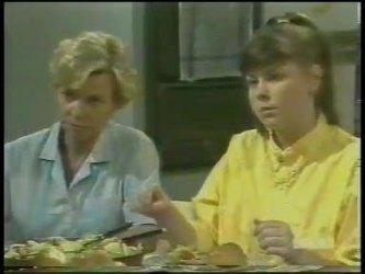 Helen Daniels, Nikki Dennison in Neighbours Episode 0230