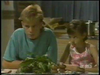 Scott Robinson, Lucy Robinson in Neighbours Episode 0231