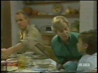 Jim Robinson, Helen Daniels, Lucy Robinson in Neighbours Episode 0231