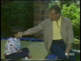 Lucy Robinson, Jim Robinson in Neighbours Episode 0232