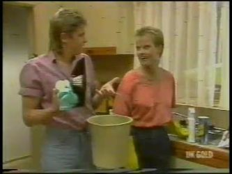 Shane Ramsay, Daphne Lawrence in Neighbours Episode 0232
